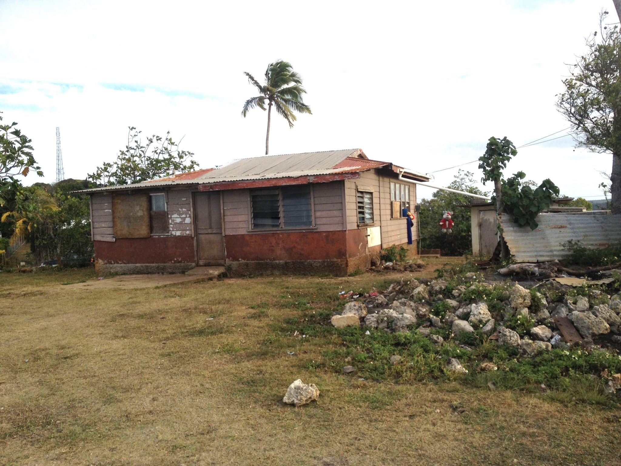 27. Another modest home on the hill top overlooking the South Pacific Ocean. Cyclones harass the island periodocally
