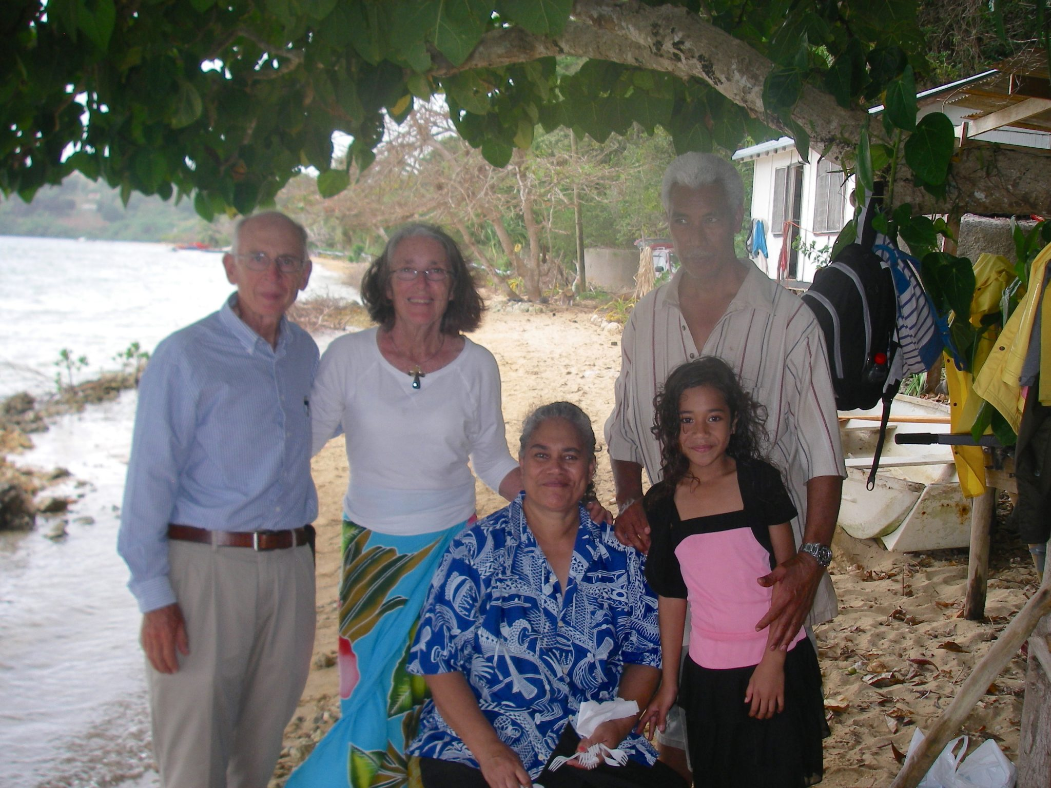 42. Soakai was the teacher at the local high school who asked me to teach the students about basic drawing and fine art. Jeff, Anne, Ana, Soakai, and the youngest daughter, Tiara are pictured here by their home on the beach